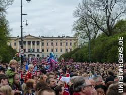 17. Mai in Norwegen – farbenfrohe Feiern überall