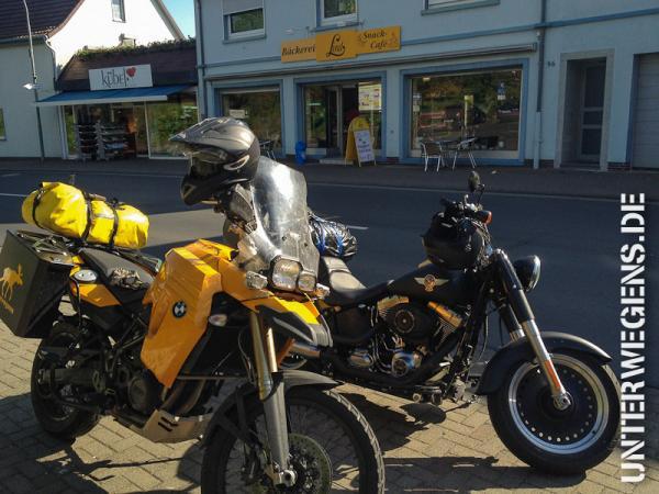 alleenstrasse-2012-tag07-motorrad-frankfurt-rhein-1