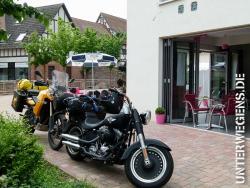 alleenstrasse-2012-tag-08-motorrad-weinstrasse-frankreich-8