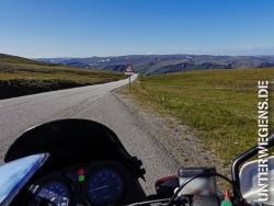 nordkap-norwegen-reisen-motorrad-auto-womo-europa-route-tour-reiseziel-17