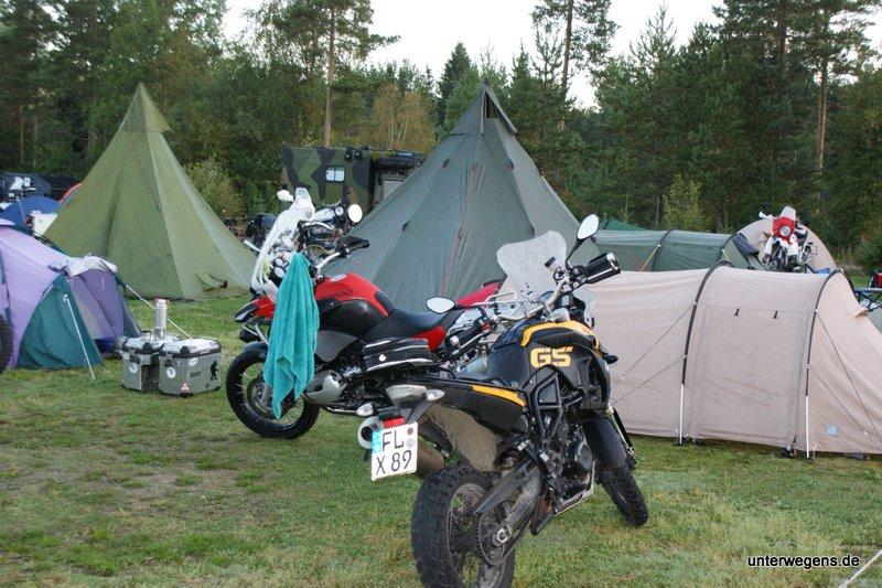 Zelt Auf Wohnmobilstellplatz : Richtiges zelt zur tour welche form welches modell