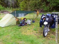 Zelten ist doof – wer campt schon freiwillig!