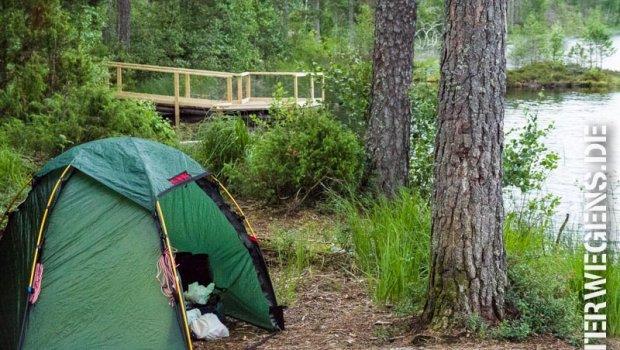 Naturzeltplatz – Wie man das richtige Nachtlager wählt