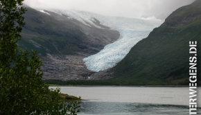 Fjordnorwegen Motorradtour 2013: Am Schwarzeis Gletscher vorbei (Tag 7)